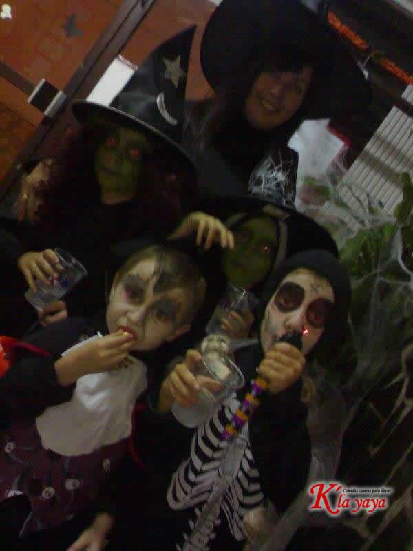 halloweey09-12