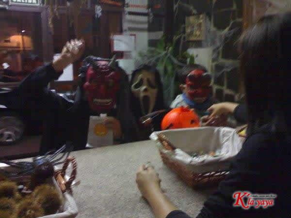 halloweey09-13